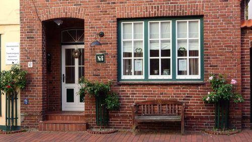 brick house window door