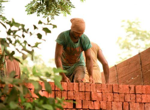 bricks labourer indian