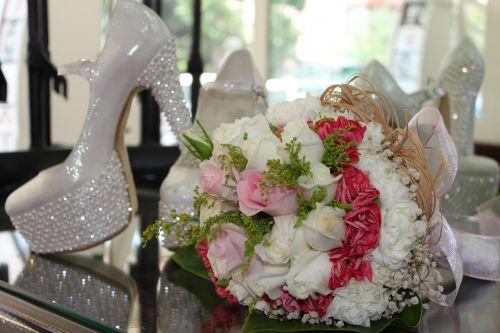 bridal bride's bouquet bride shoes