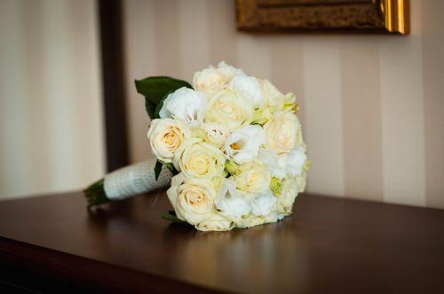 bridal bouquet wedding flowers