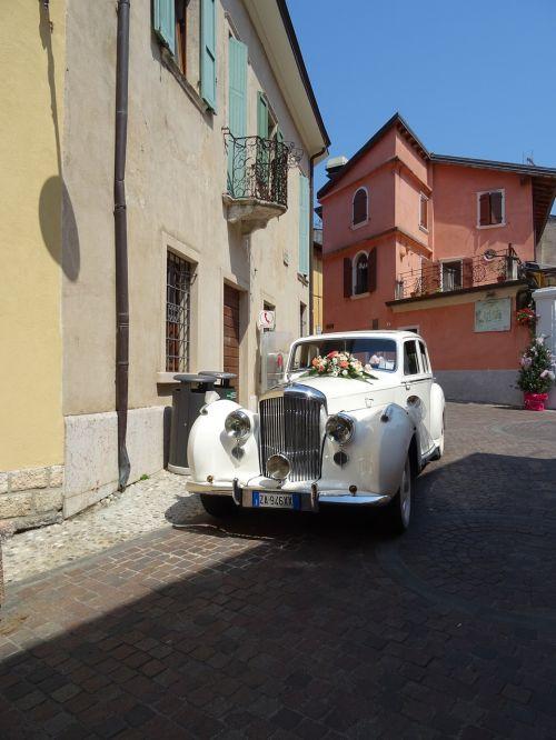bridal car oldtimer romantic