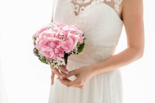 bride strauss wedding