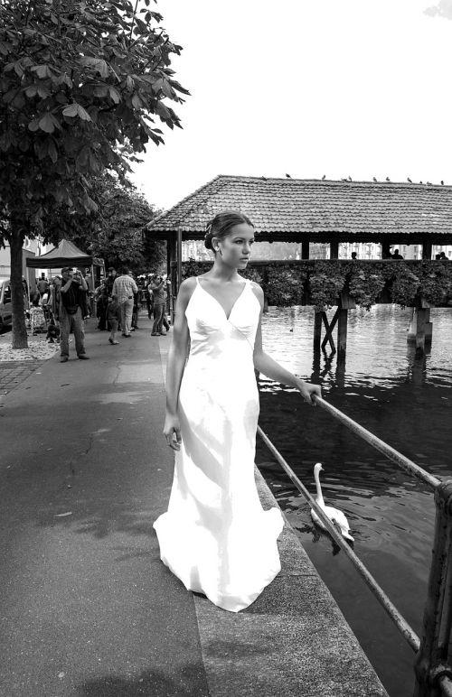 nuotaka,vestuvinė suknelė,Vestuvės,suknelė,balta,moteris,grožis,uždanga,suknelė,prabanga,romantiškas