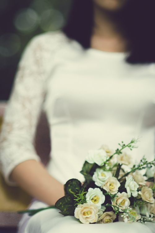 bride bouquet of flowers roses