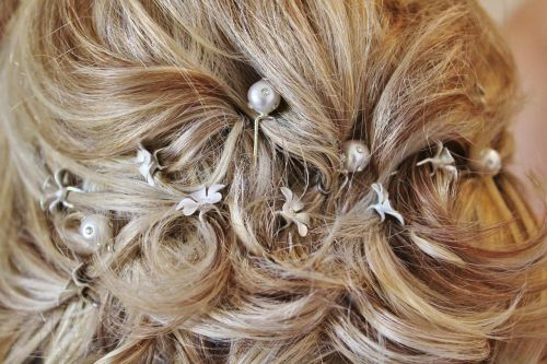 bride hairstyle pinned up
