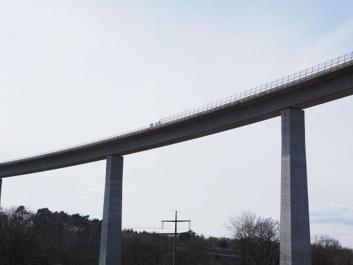 bridge high building