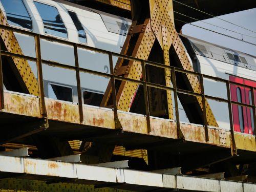 bridge train travel