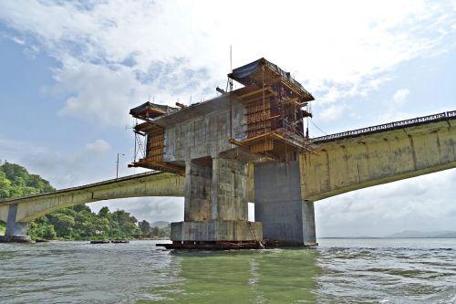 bridge pillar tower