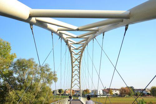 bridge architect cream