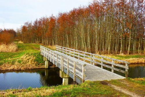 bridge canal banks