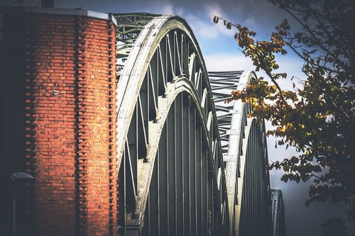 bridge  arch  steel