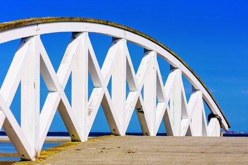 bridge  web  away