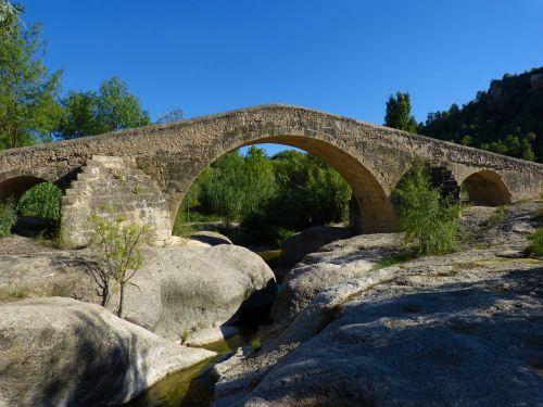 bridge romanesque medieval