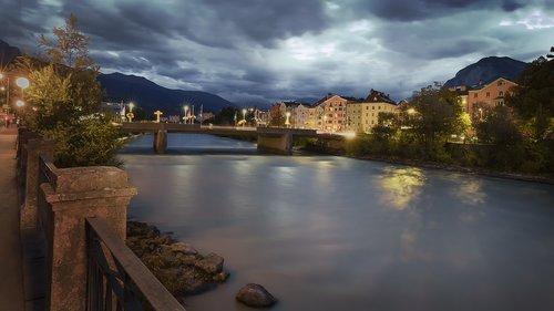 bridges  rivers  currents