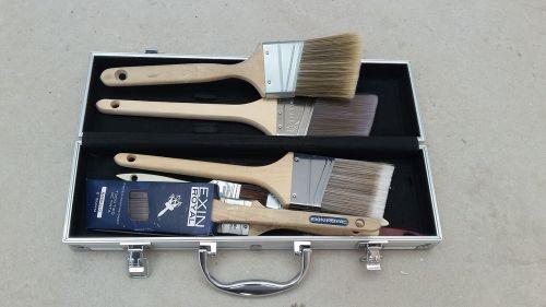 briefcase brush top