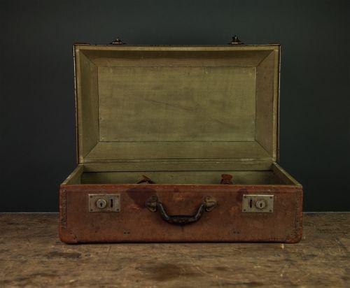 briefcase vintage oldschool