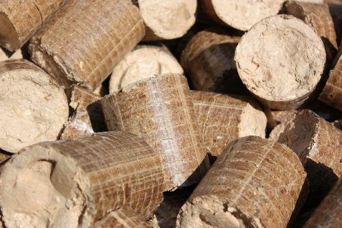 briquettes pellets wood