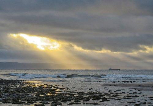 bristol channel  sun rays  seascape