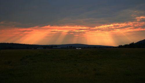 british columbia sunset rays