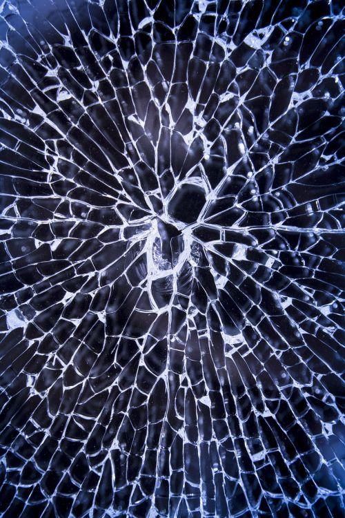 dužęs stiklas,suskaidytas,stiklas,sunaikintas,langas,krekas,žalą,sunaikinimas,suplakti,smash,modelis,pertrauka,krekingo,lūžis,susmulkintas stiklas,nusikalstamumas,smurtas,skylė