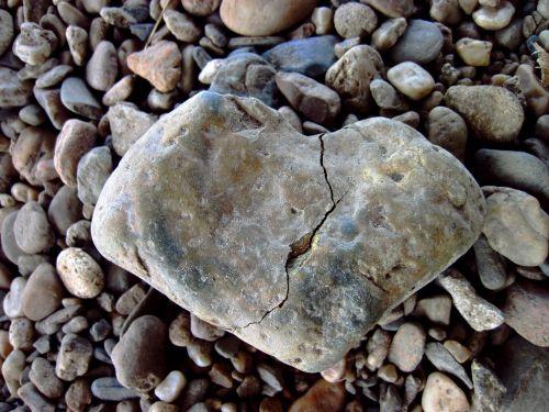 broken heart crack love