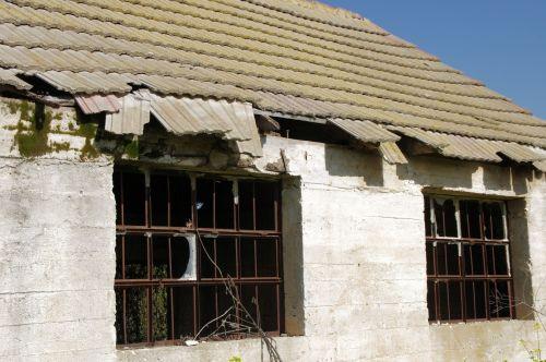 Broken Windows And Tiles