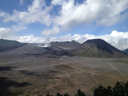 bromo indonesia natural spectacle
