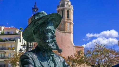 bronze figure architecture travel