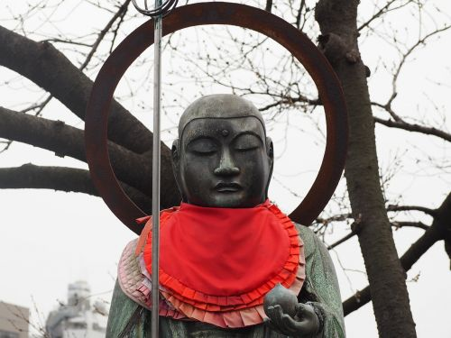 bronze statue,buddhism,japan,jizo,temple,free photos,free images,royalty free