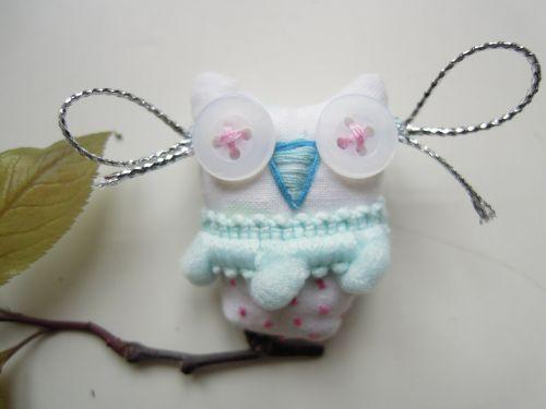 brooch owl fabric