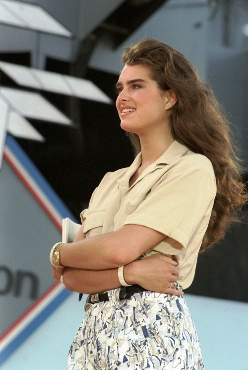 brooke shields on ship 1986