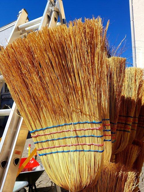 broom  head  ranking