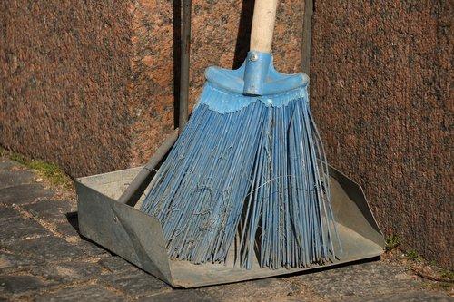 broom  cleaning  clean