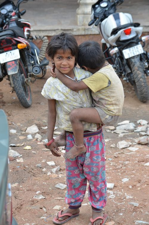 brothers poverty begging