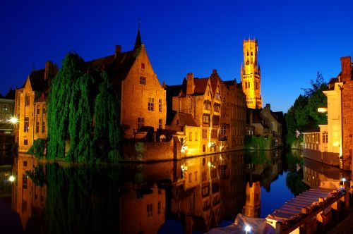 bruges night old town