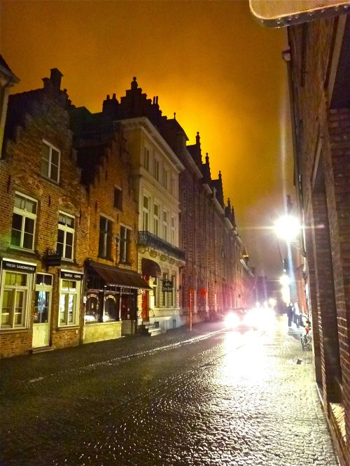 bruges night light