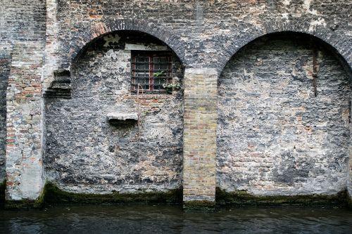 bruges belgium buildings