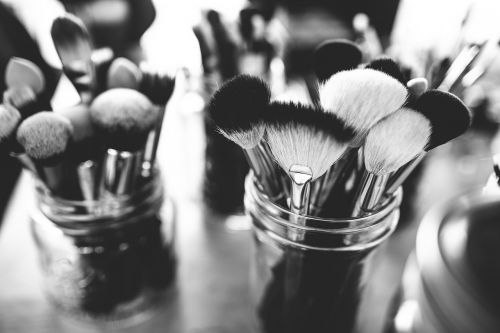 brushes depth of field make-up brushes