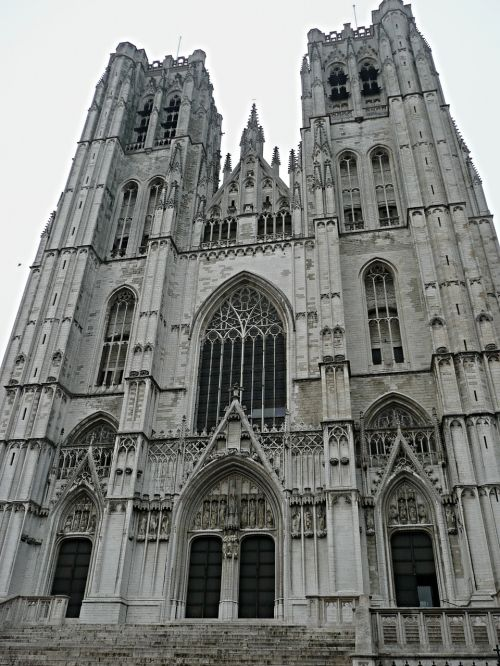 brussels temple cathedral