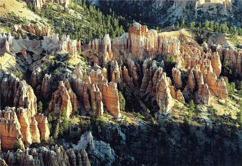 bryce canyon rock formations sandstone