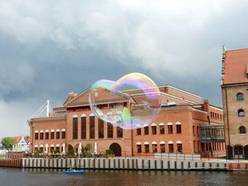 bubble air reflection