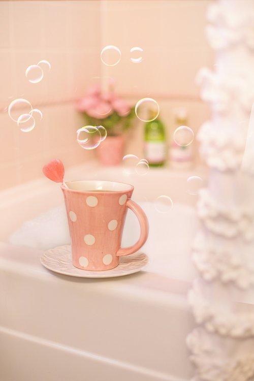 bubble bath  bath  pink