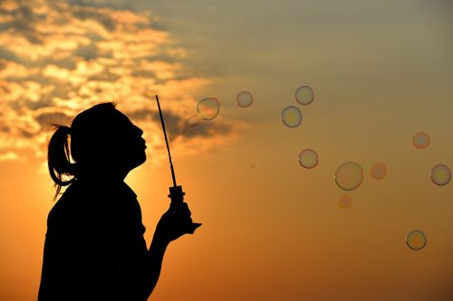 bubbles sunset silhouette