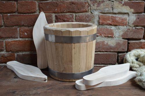 bucket clogs wood