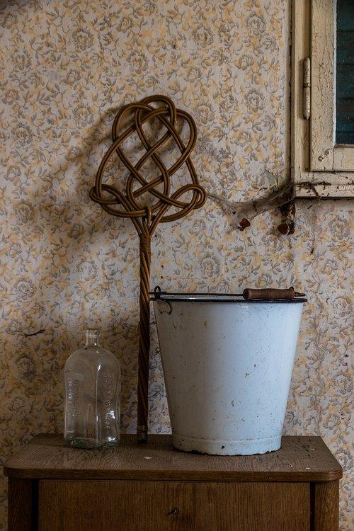 bucket  old  old bucket