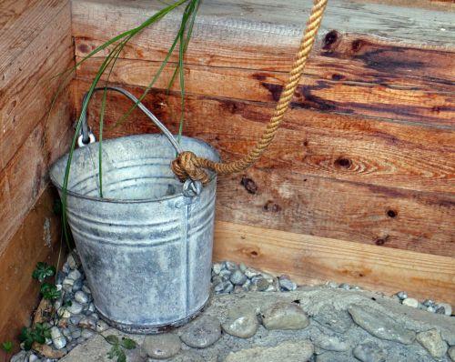 bucket fountain bucket metal