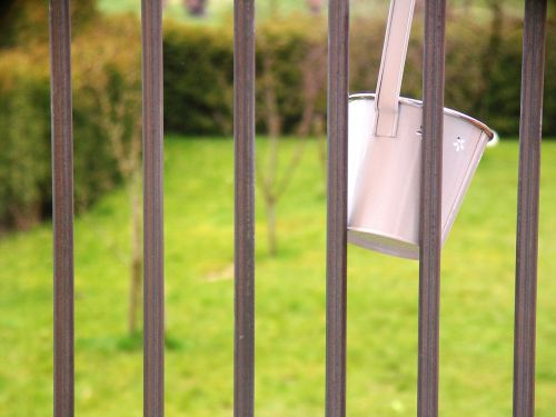 bucket railing deco