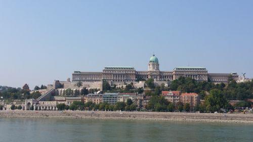 budapest buda castle danube