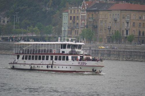 budapest boat danube