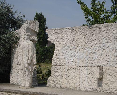 budapest memento sculpture park